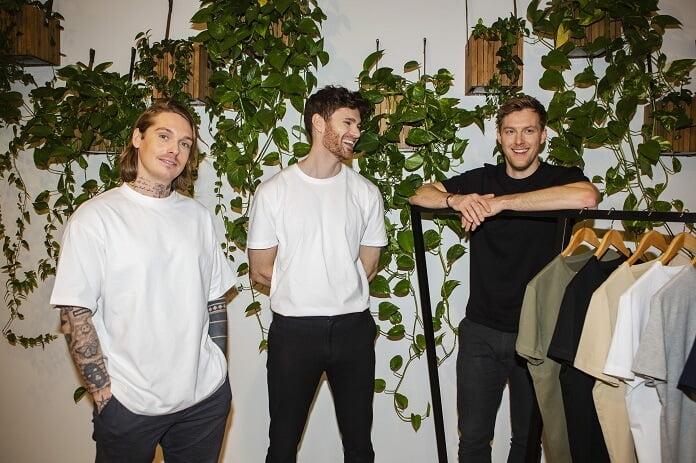 To Løver hopper ombord i dansk t-shirt-succes - Nyheder fra servicebranchen - ServiceNews